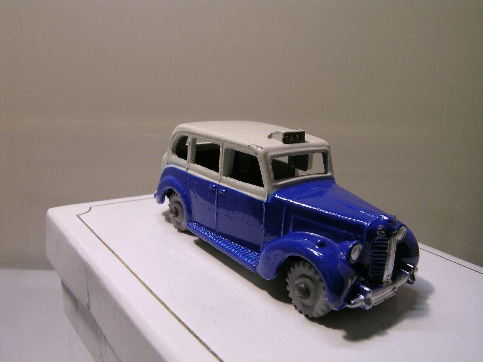 DINKY TOYS DUBLO UK 067 AUSTIN TAXI FX3 1959 bleu CREAM SCALE 00   1 76