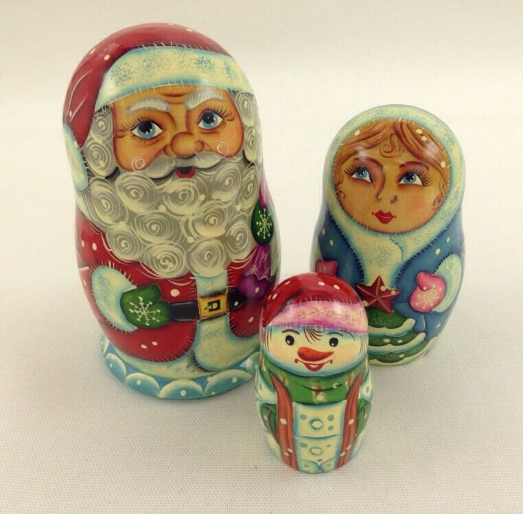 Set of 3 G DeBrekht Christmas Russian Nesting bambolas Wood  Santa Snowuomo  prezzi bassissimi