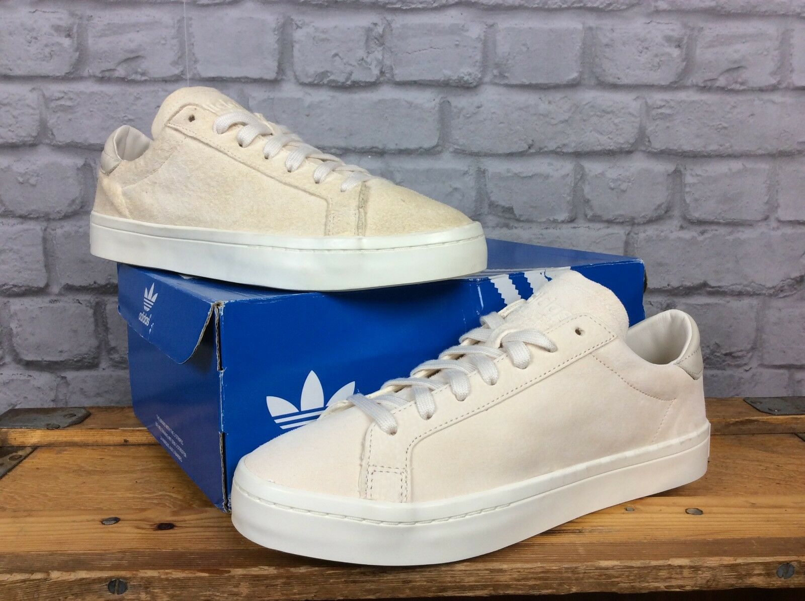 ADIDAS ORIGINALS MENS UK 8 EU 42 COURT VANTAGE CREAM SUEDE TRAINERS