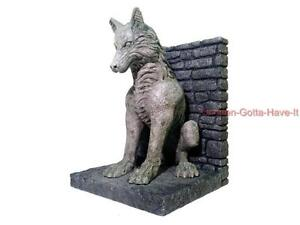 Game of thrones dark horse house stark dire wolf bookends statue replica collect ebay - Dire wolf bookends ...