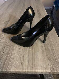 Ellie Black Patent Leather Pumps Size 6