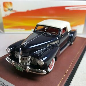 1-43-GLM-Cadillac-Series-62-Convertible-1941-Closed-Roof-Blue-Met-GLM119702