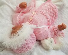 PREMATURE  BABY KNITTING PATTERNS DK 18A  OR REBORN DOLL PRECIOUS NEWBORN KNITS