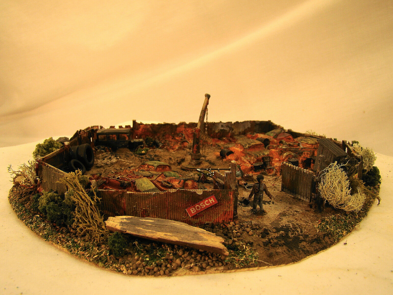 Handcrafted, custom weatherosso Junk Yard Diorama - lot 4 - HO scale