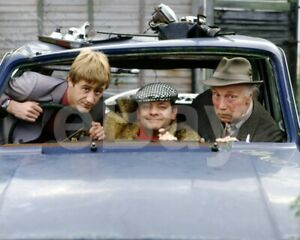 Only-Fools-and-Horses-TV-Nicholas-Lyndhurst-Lennard-Pearce-10x8-Photo