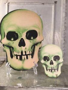 Dating dennison halloween cardboard skull