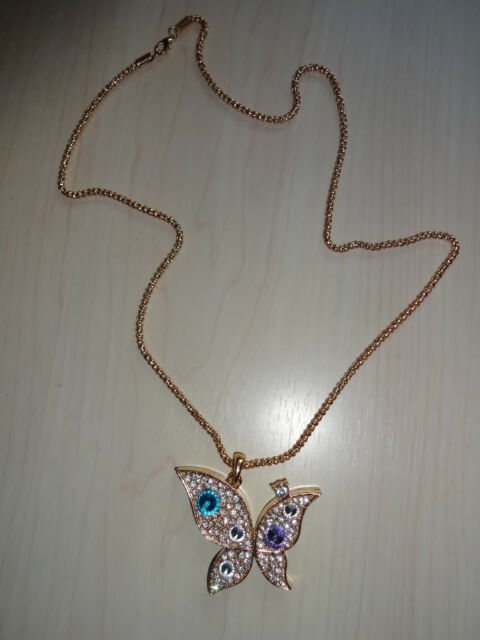 GOLD NECKLACE WITH RHINSTONES BUTTERFLY PENDANT BRAND NEW