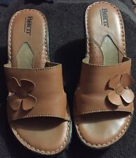 BOC Born Women's Size 8 Tan Leather Open toed wedge sandals with flower