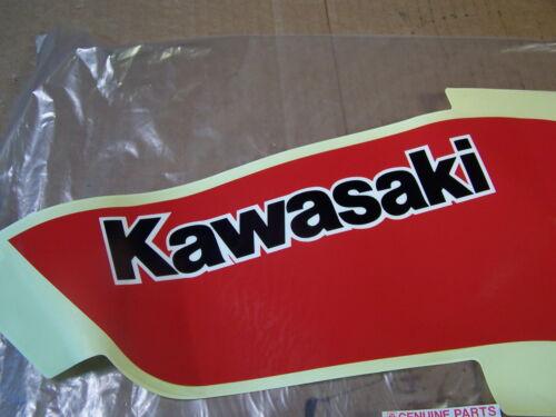 KAWASAKI ZX550 NEW LEFT FUEL GAS TANK DECAL ZX550 GPZ 1984-1985  56046-1386-SP