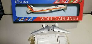 WOOSTER-W108-AIR-EUROPA-AIRLINES-737-300-1-200-SCALE-PLASTIC-SNAPFIT-MODEL