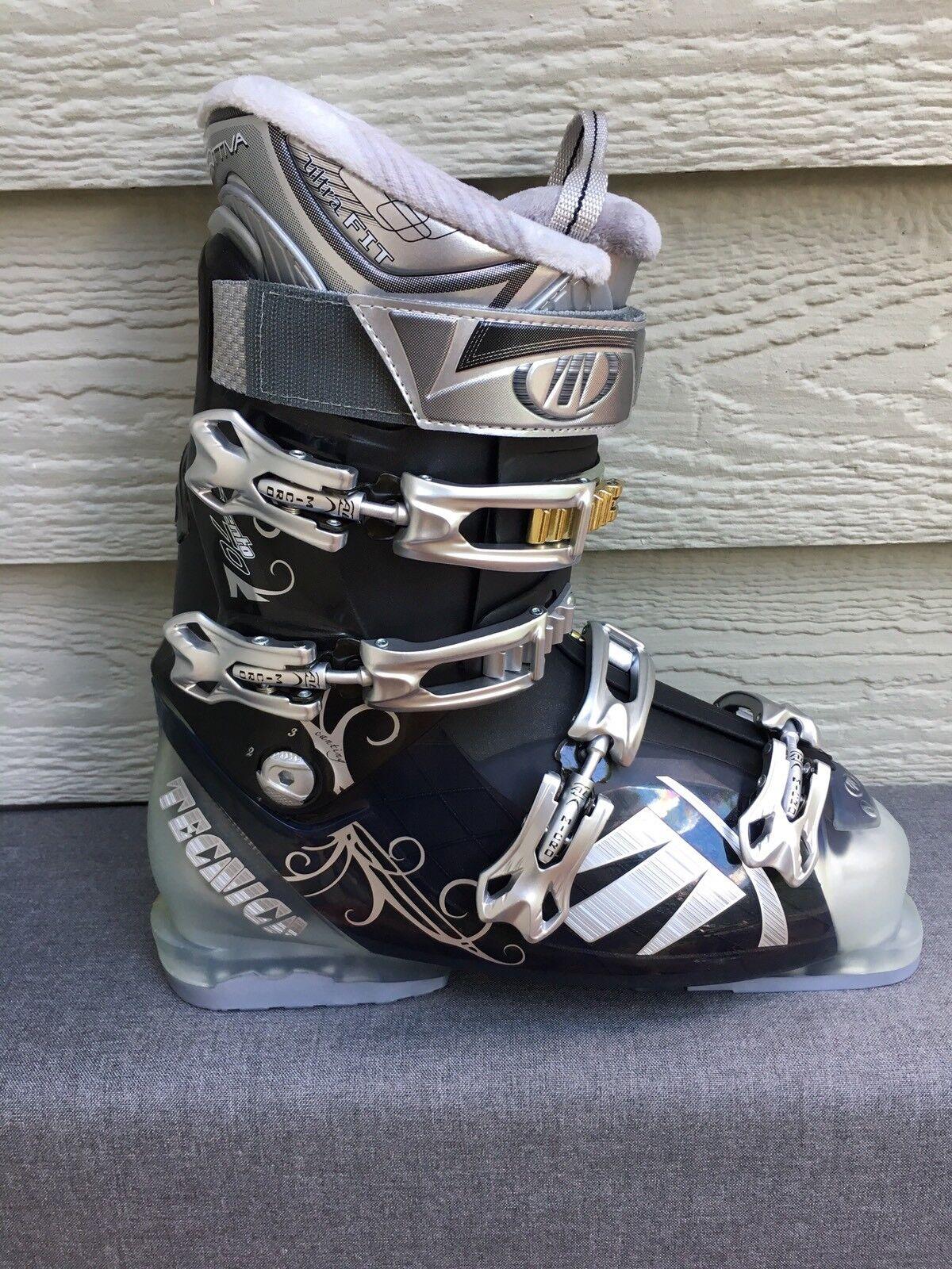 Tecnica Vento 70 Ultrafit Women's Ski boot - Mondo 27.0 (Women's US Size 10) NEW
