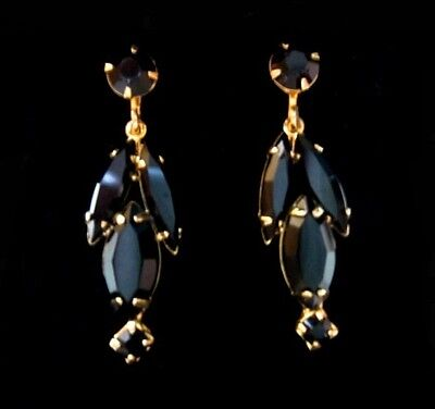 Vintage High End Black Faceted Glass Drop/Dangle Gold Tone Clip Earrings