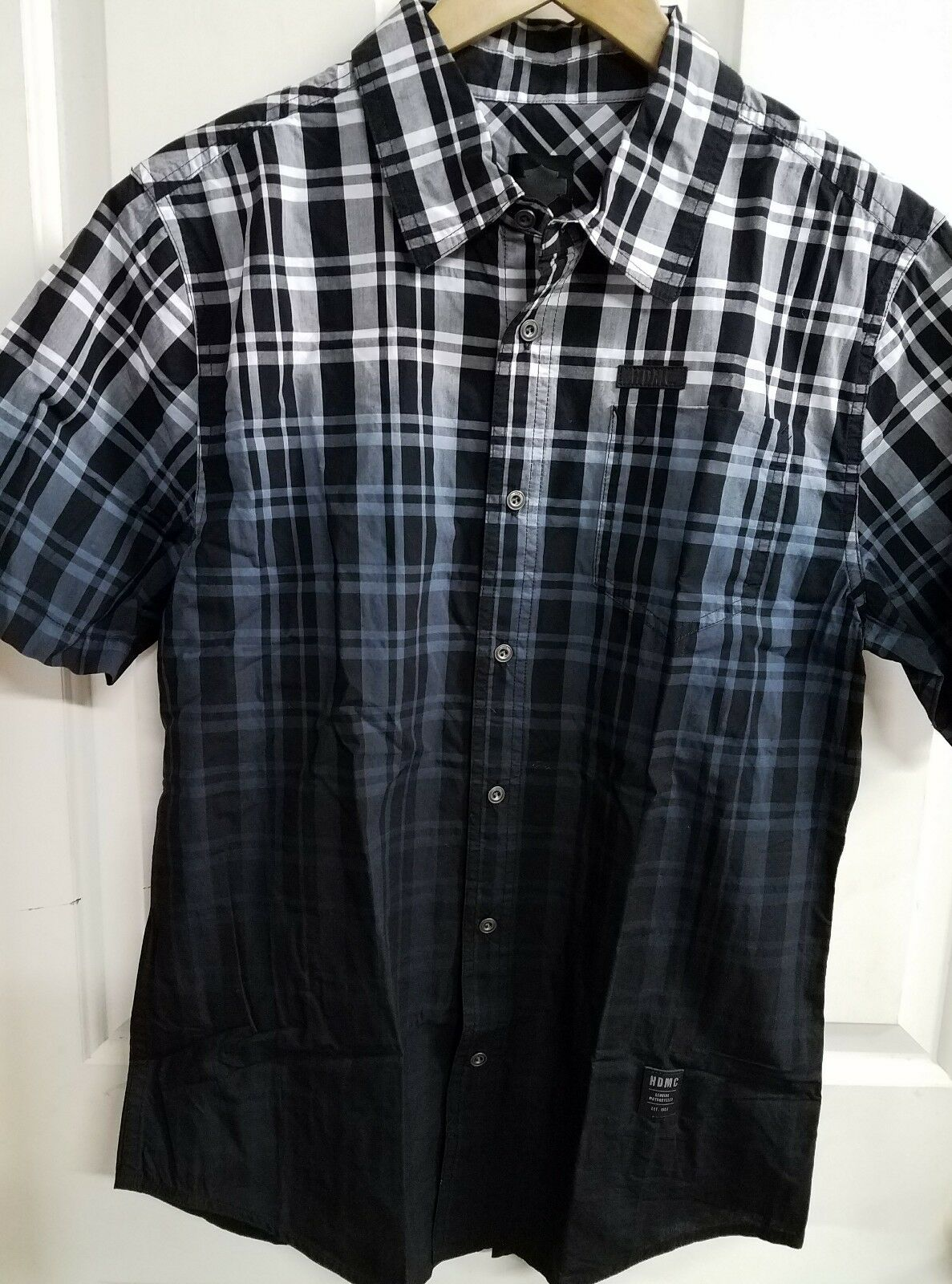 NWT Harley-Davidson men's shirt, MEDIUM
