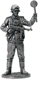 Tin Toy Soldier Assembled Unpainted German soldier #7 54mm 1//32