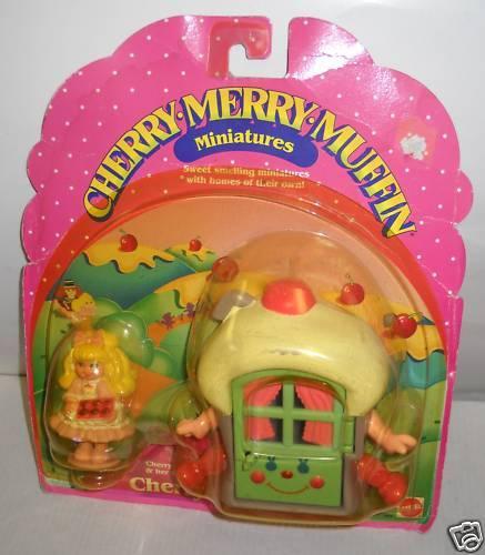 7038 NRFC Mattel Cherry Merry Muffin Miniature & her Ice Cream Soda House