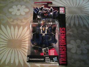 Thundercracker-Transformers-Generations-Combiner-Wars-Legend-Nuevo