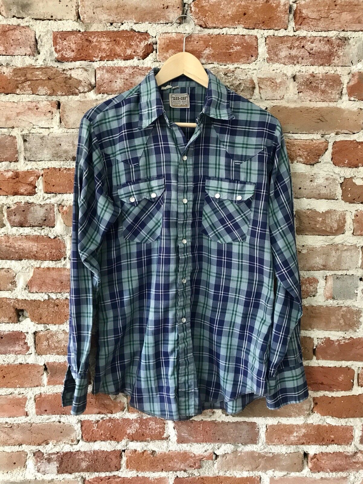 Vintage Washington Dee-Cee Men's Western Pearl Snap button down Plaid Shirt