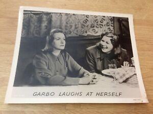 Greta-Garbo-Pressefoto-039-39-in-Ninotschka
