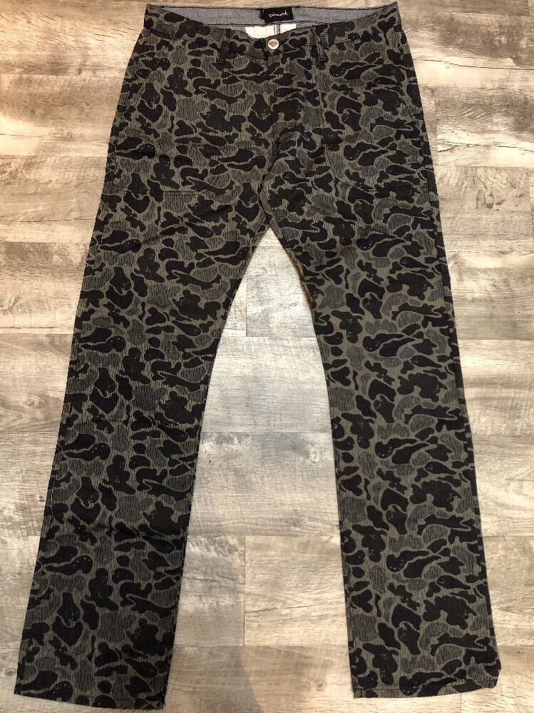 Diamond Supply Camo Pants Size 40