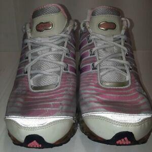 Adidas Bounce Womens Size 6 US Pink