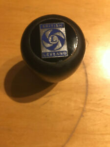 British-Leyland-marked-Wooden-classic-Gear-change-Knob