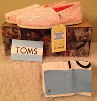 Toms Classics Orange Anglaise Flats Shoes Womens Size 8 M