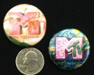 MTV-Music-Television-TWO-Vintage-Badges-Buttons-Pins-1-034-New-Unused-Condition