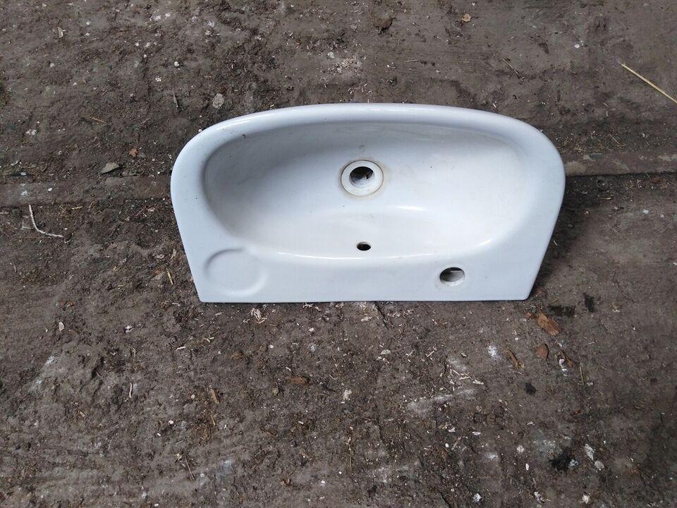 Håndvask i porcelæn ren retro stil dog er denne...