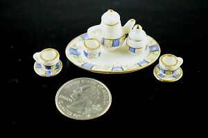 Vintage-10-Piece-Fancy-Doll-House-Coffee-or-Tea-Set-For-2-Lovely-Design-Pattern