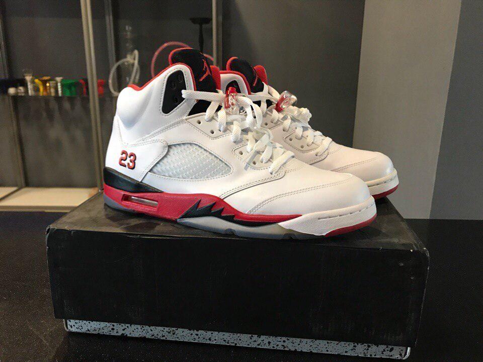2013 Nike Air Jordan 5 Retro 136027-120 Performance Basketball chaussures 11.5 US homme
