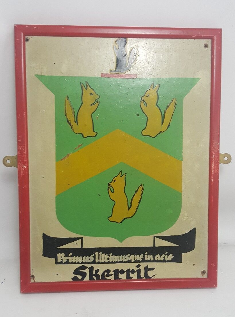 Vintage HAND PAINTED COAT OF ARMS SKERRIT Surname Latin Motto Heraldic Crest