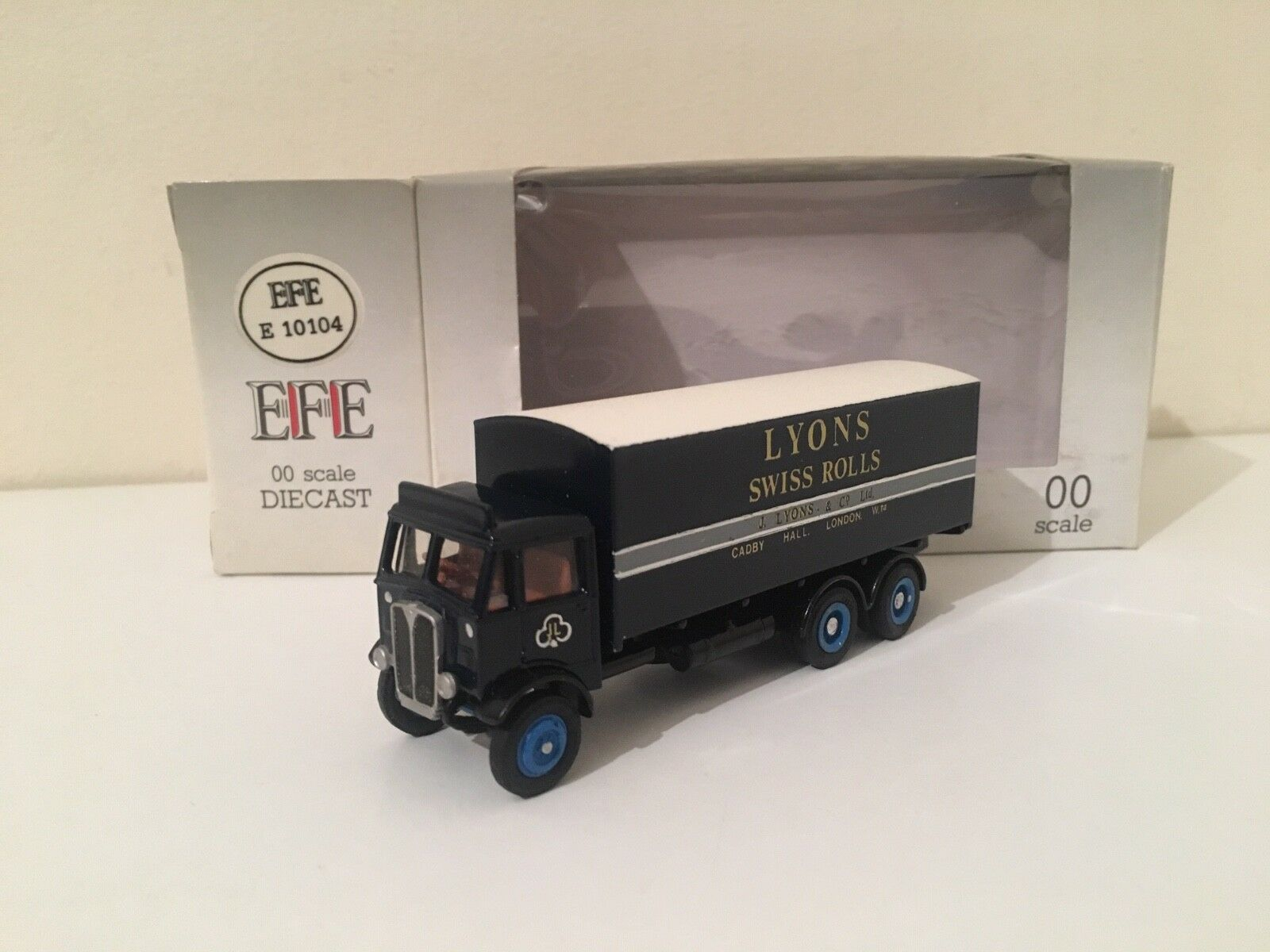 EFE '00' CODE 3 J.D.B. Livery – AEC Mammoth Major 3 Axle Boxvan Lorry - Lyons