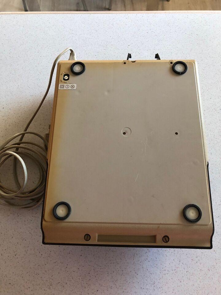 Facit regnemaskine med strimmel