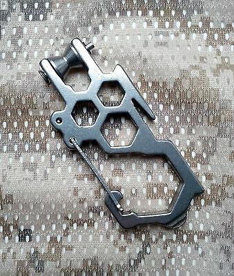 Edelstahl MultiTool Schlüsselanhänger Halter Quickdraw Karabiner Wache
