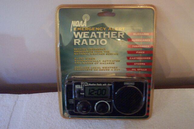NOAA 7 Channel Emergency Alert Weather Radio NIP