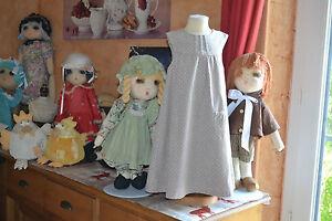 robe-cyrillus-3-ans-doublee-beige-avec-des-poids-tres-migionne-en-tres-bon-etat