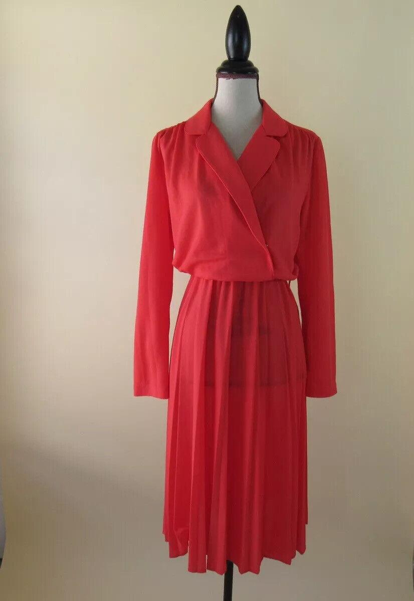 Henrietta Dress  Vintage 1950/'s Gorgeous Cream Ivory Crochet Sheath Dress Matching Belt by Henry Lee Rare Size M-L