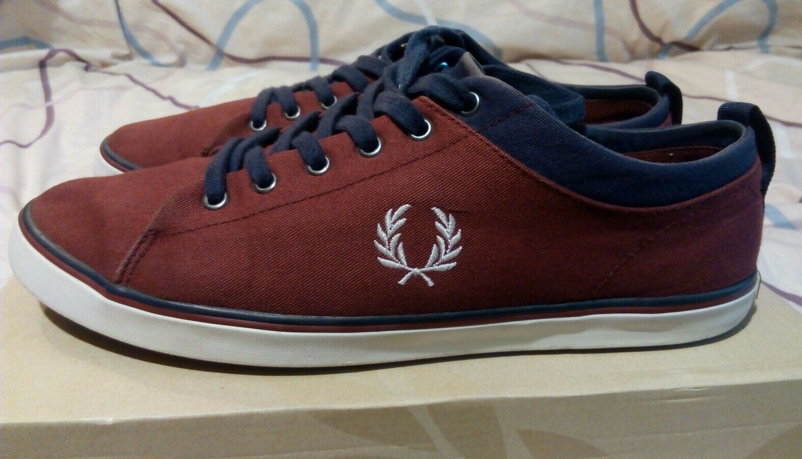Fred Perry Hallam Twill Trainers Port Burgundy Navy