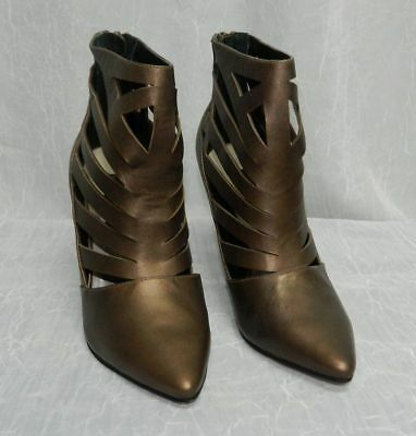 Women's Shoes Disciplined Steve Madden New Triisha Copper Cutout Zip Back Pointy Toe Booties Shoes Sz 8.5