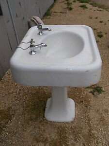Very Old Pedestal Sink from Victorian home 20's 30's ???Bird Bath??