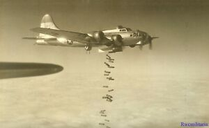 Org-Photo-390th-Bomb-Group-B-17-Bomber-43-38103-Shot-Down-1945-Bombing