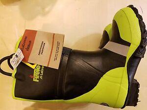 LaCrosse Rubber Fire Boots NFPA 1971 Size 4 N
