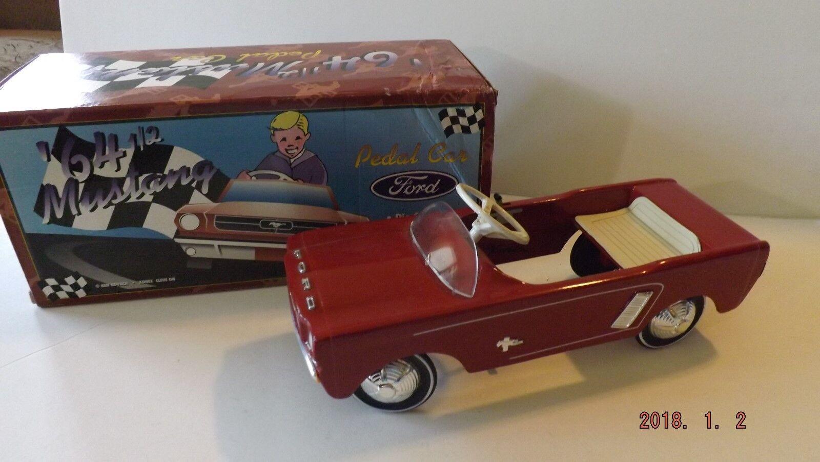 Ken kovach 641 2 mustang pedal car1 3 scale