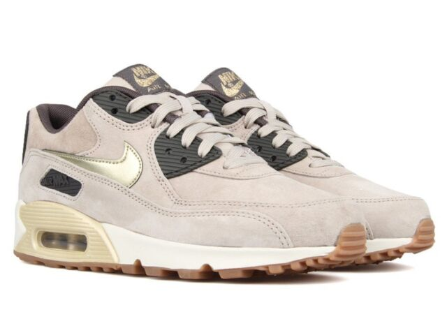 Size 8.5 Nike Women AIR Max 90 Premium Suede 818598 200 Gold Tan Black White