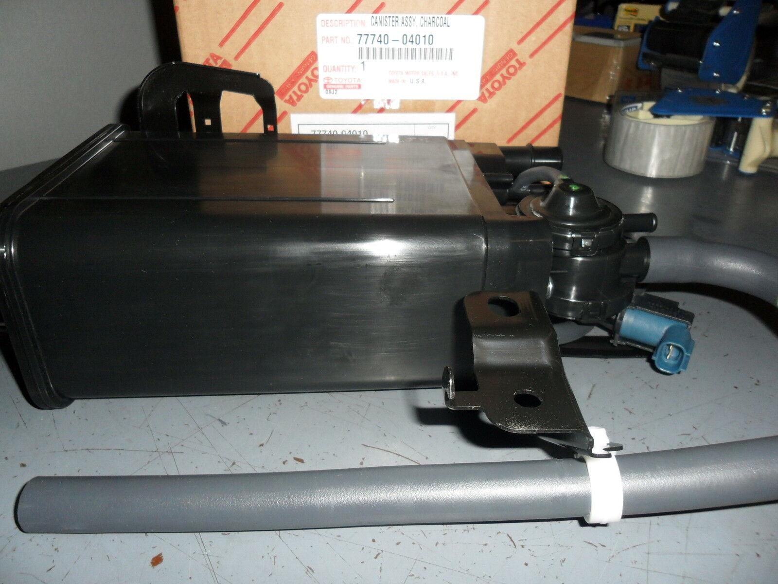 OEM NEW EVAP Vapor Charcoal Canister Fuel Gas Emission 02-04 Tacoma 7774004010