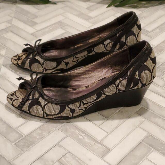 COACH Women Peep Toe Wedge Heel Sz 7.5 B Bow Signature Textile Black Casual Shoe