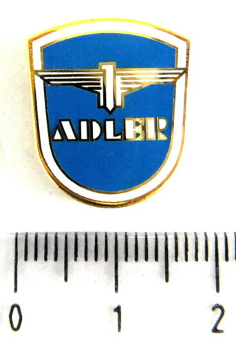 Voiture retro pin//broches-Adler émaillé 1097 de la fin des années 80er