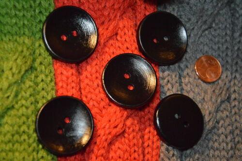 Hübsche gebogene Lagenlook Holz Knopf Knöpfe 3cm 5 Stück NEU Schwarz