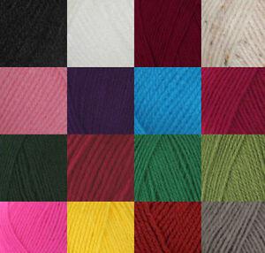Robin-Double-Knitting-Wool-Yarn-DK-100g