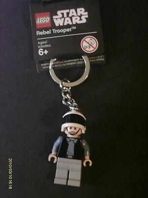 LEGO STAR WARS KEYCHAIN  SCOUT TROOPER 2010 NEW